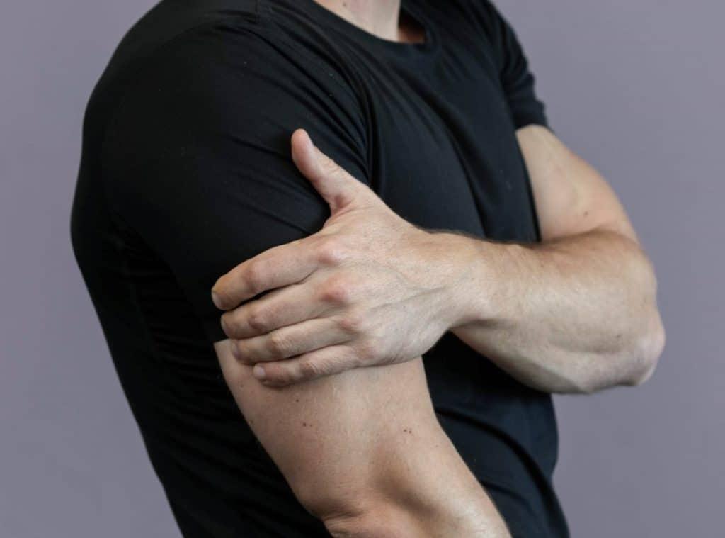 טיפול יעיל בכאבי כתפיים כרונים